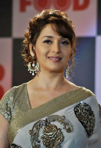 120 Madhuri Dixit Latest Pics Full Hd Images And Photo Gallery 2019 Hair Styles Madhuri Dixit Different Hairstyles