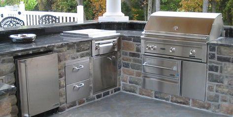 Lynx Outdoor Kitchen Featuring Outdoor Refrigerator Double Side Burner With Prep Center Warming Dra With Images Outdoor Appliances Outdoor Kitchen Design Outdoor Kitchen