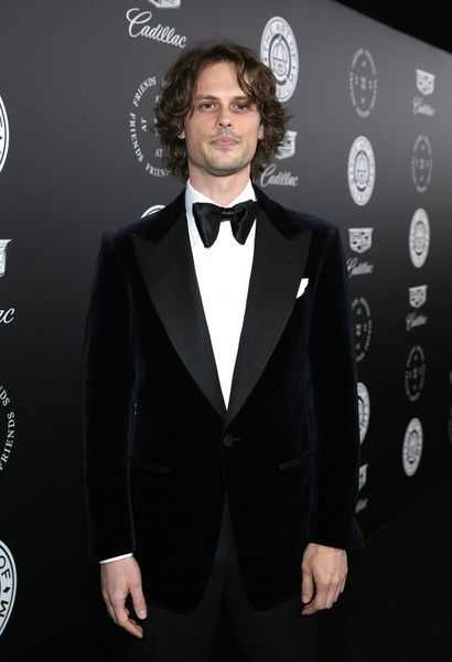 "Matthew Gray Gubler stars as ""Reid"" on Criminal Minds. He was recently told on the show that ""JJ"" is in love with him. Here we see the actor looking very handsome on the red carpet. Spencer Reid Criminal Minds, Dr Spencer Reid, Dr Evans, Matthew 3, Bae, Kid Ink, Trinidad James, Mrs Carter, Celebrity Dads"