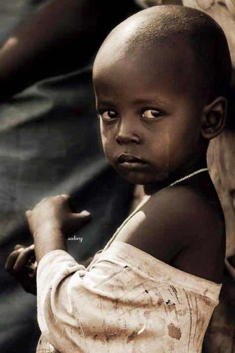 Sai quanto pesa la lacrima di un bambino viziato? Meno del vento . Sai quanto…