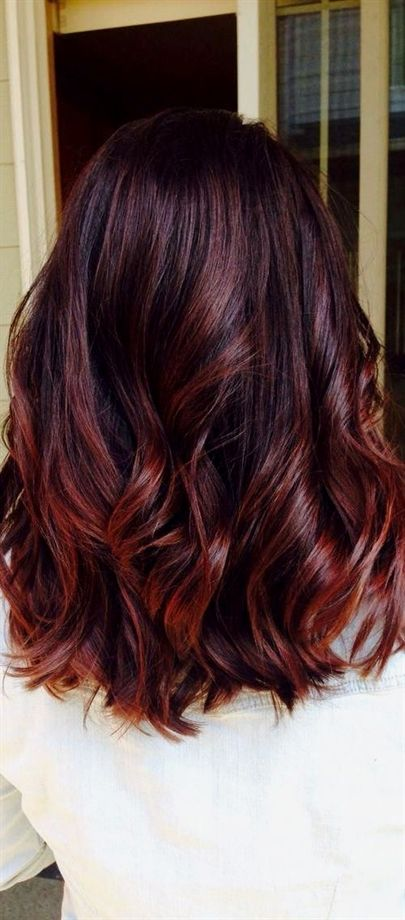 21 Fantastic Easy Shoulder Length Hairstyles 4 Trendy Dark Red Shoulder Length Hairstyle For Thick Hair Redhair S Hair Styles Fresh Hair Long Hair Styles
