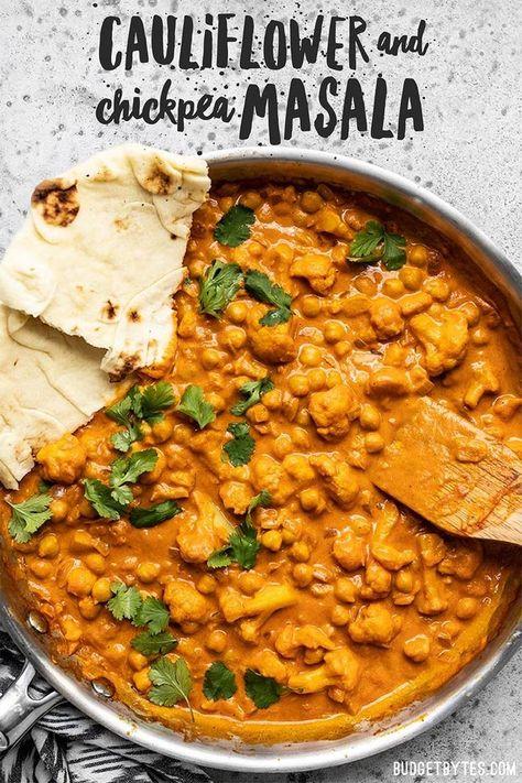 Cauliflower and Chickpea Masala - Veggie Recipes - .- Blumenkohl und Kichererbsen Masala – Veggie Rezepte – … – Cauliflower and Chickpea Masala – Veggie Recipes – … - High Protein Vegetarian Recipes, Vegetarian Recipes Dinner, Vegan Dinners, Healthy Recipes, Indian Food Vegetarian, Indian Vegetarian Recipes, Vegetarian Curry, Curry Recipes, Vegan Curry