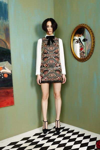 Alice + Olivia Fall 2016 Ready-to-Wear Collection - Vogue