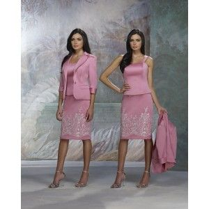 10 Picks for a Dress for Mother of the Bride with Style and Elegance