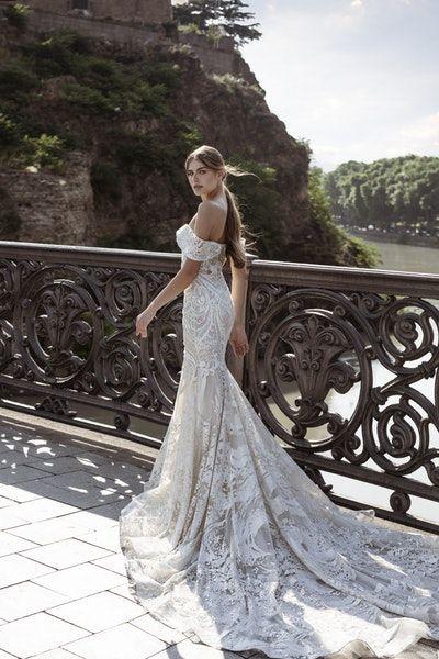 Wedding Dresses In Glasgow Find Your Wedding Dress Eleganza Sposa In 2020 Famous Wedding Dresses Famous Wedding Dress Designers Wedding Dresses
