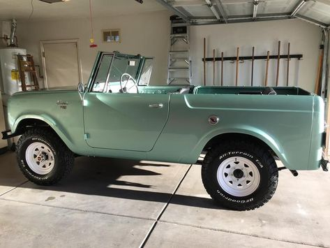 It is a 1964 Scout 80 with Old Vintage Cars, Vintage Trucks, Old Cars, Dream Cars, My Dream Car, Pretty Cars, Cute Cars, Classy Cars, Sexy Cars
