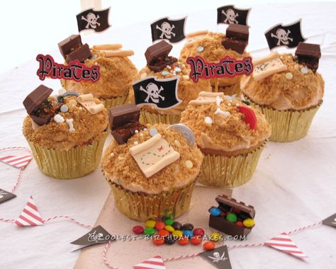 Cool Pirate Treasure Birthday Cupcakes... Coolest Birthday Cake Ideas