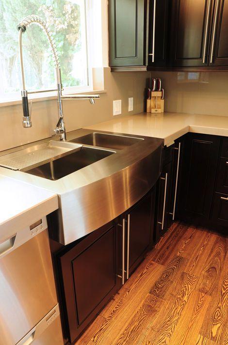 Moderne Küche mit einem wundervollen Mix aus schwarzer - naturstein arbeitsplatte küche