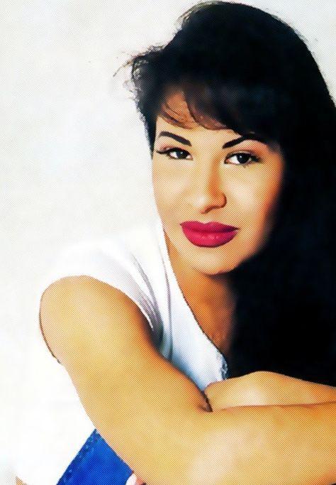 Selena Quintanilla Perez{rest in peace}