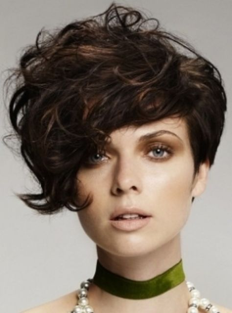 Short Curly Stacked Bob Hairstyles 2012 Design 411x555 Pixel