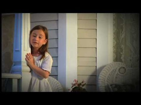 7 Year Old Girl Singing Amazing Grace Will Give You Chills Little Girl Singing Gospel Singer Christian Music Videos