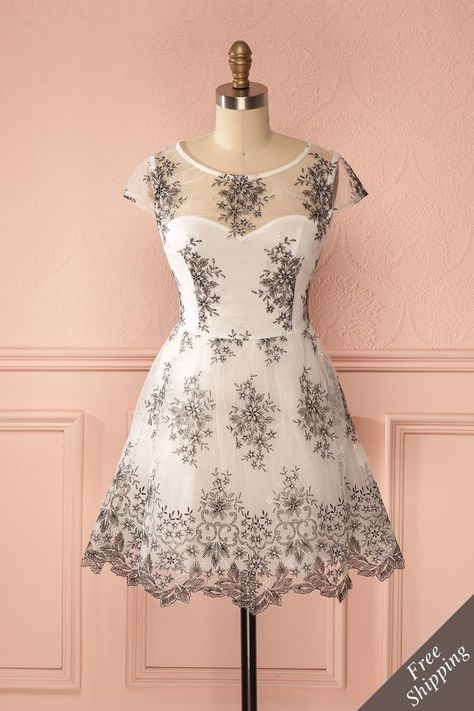 Looking for an amazing dress - Broderie - Flowers - Dress - Valentine's day - Édesina ♥ JUST IN from Boutique 1861 www.1861.ca