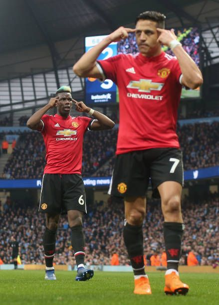 Paul Pogba And Alexis Sanchez Of Manchester United Celebrate Chris Manchester United Premier League Manchester United Alexis Sanchez Manchester United