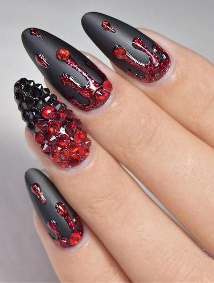 50 Stylish And Fun Halloween Nail Designs In 2020 Black Halloween Nails Black Nail Designs Red Nails
