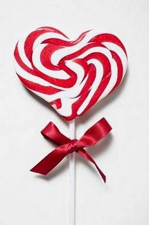 sweet -- goes with my peppermint obsession!