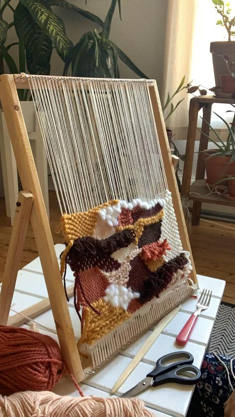 Live weaving on fast foward - Woven wall hanging