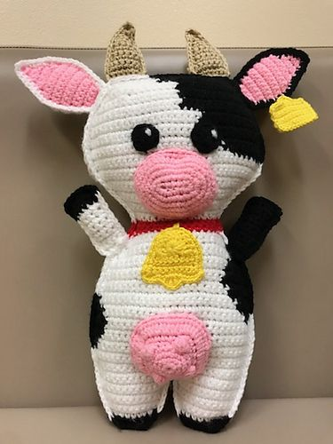 Alpine Cow crochet pattern - Amigurumi Today | 500x375