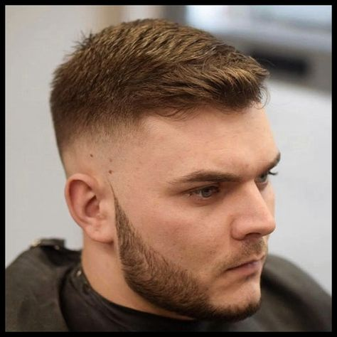 Nach Oben Frisuren Männer For Runde Gesichter In 2019 Mens