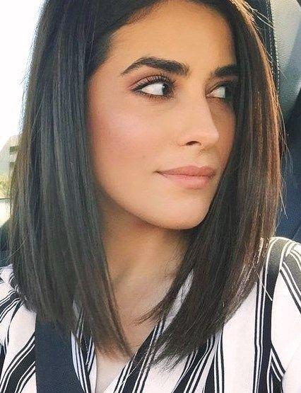 30 Stunning Shoulder Length Haircuts Dailyfeedpins Com Medium Length Hair Straight Short Straight Hair Medium Length Hair Styles