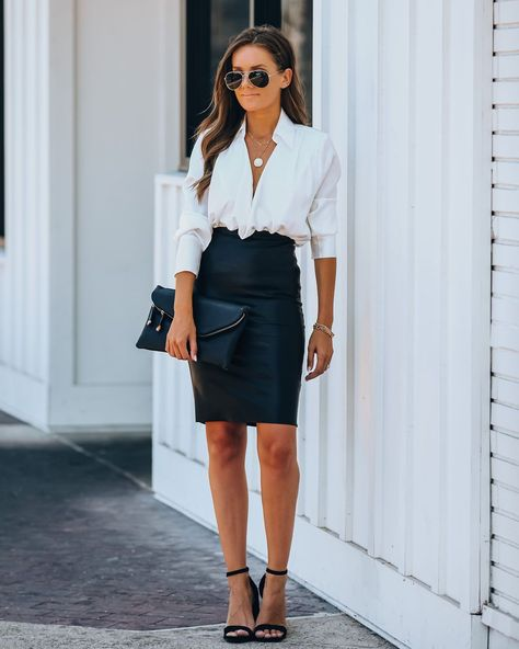 Business Outfits Women, Business Dresses, Business Fashion, Business Attire For Young Women, Corporate Attire Women, Sophisticated Outfits, Classy Outfits, Date Night Outfit Classy, Skirt Fashion