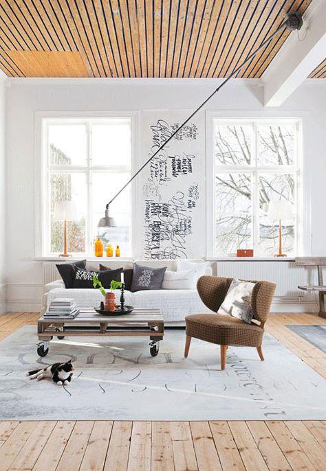 Scandinavian floor and ceiling