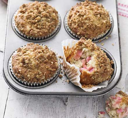 low fat Muffin recipe (without the topping ) I used 160g sugar and calculated 155kcal per muffin (used apples instead of rhubarb). Very yummy!