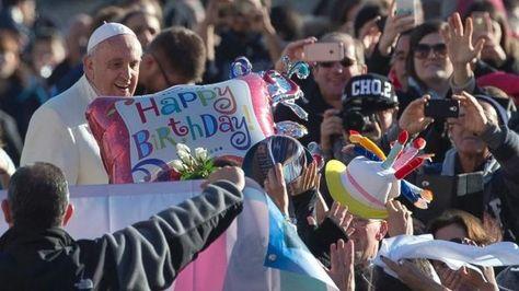 Los regalos del Papa Francisco a los pobres por su cumpleaños y por Navidad