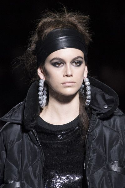 Tom Ford, Fall 2018 - The Most Dazzling Hair and Beauty Details From NYFW Fall 2018 - Photos