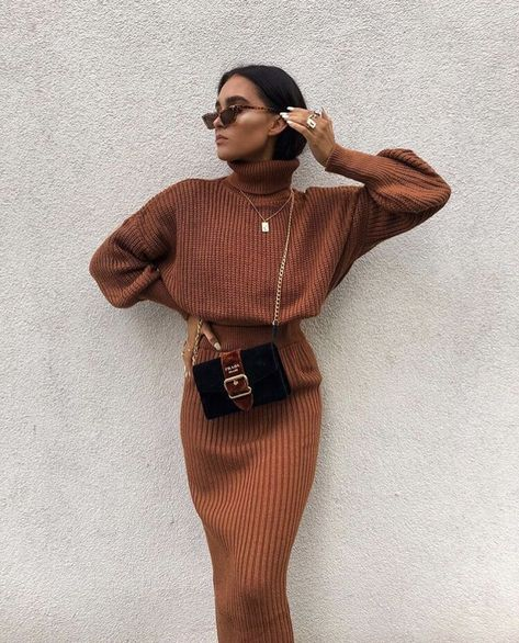 Cosy Autumn Winter Co-Ord Knitted Top And Skirt Co-ord Autumn Fashion Outfit Ideas Casual Weekend Inspo