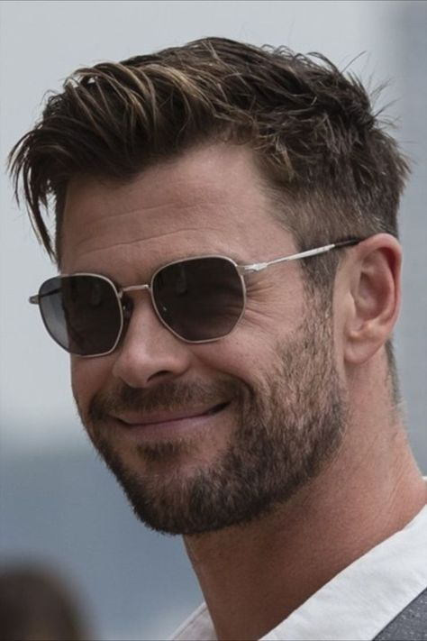 In our new Hair Shrink column, we're addressing one big question on the minds (and heads) of men each week. Today, we're talking about Chris Hemsworth and that floppy mop he masters on a daily basis. Here's how to achieve it… Tomboy Hairstyles, High Ponytail Hairstyles, Short Shag Hairstyles, Twist Braid Hairstyles, African Braids Hairstyles, Headband Hairstyles, Easy Hairstyles, Female Hairstyles, School Hairstyles