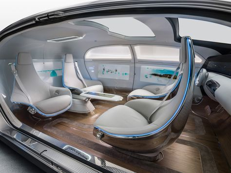 Mercedes-Benz TV: The F 015 Luxury in Motion research vehicle - Interior design trailer.