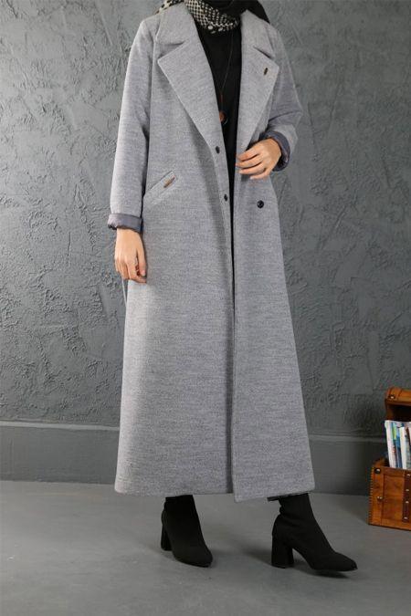 Esra Keskin Demir Gri Gole Manto Tesettur Kaban Modelleri 2020 Mont Mutevazi Moda Manto