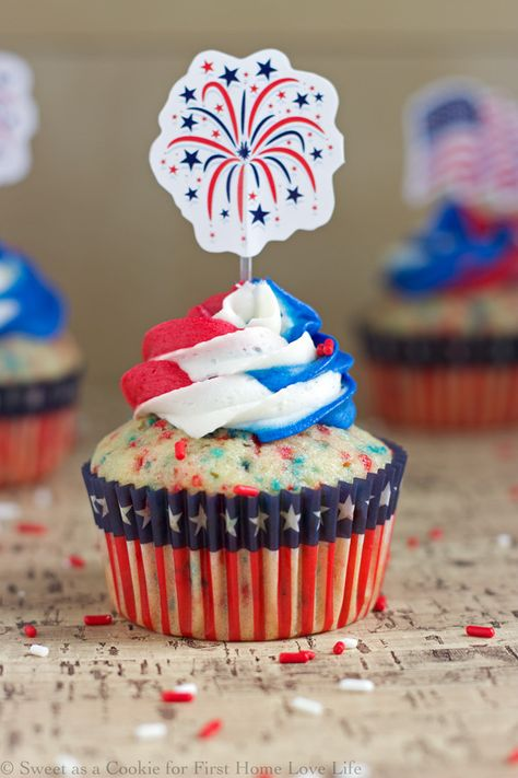 These Patriotic red white and blue funfetti cupcakes will be perfect for your Fourth of July BBQ! Find the easy recipe here at www.firsthomelovelife.com.
