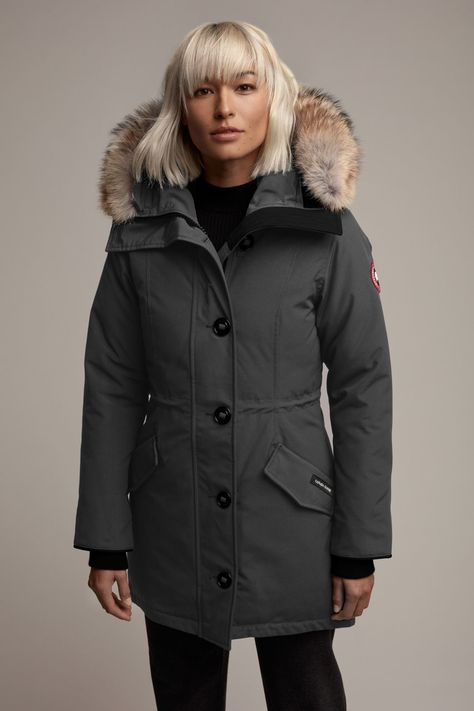 Offer Canada Goose Women's Rossclair Parka (Small, Black - Fusion Fit) Canada Goose Women's Rossclair Parka (Small, Black - Fusion Fit) by . Ski Fashion, Winter Fashion, Sporty Fashion, Fashion Women, Fitness Workouts, Fitness Tips, Parka Outfit, Canada Goose Women, Tricot Fabric