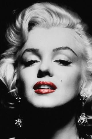 Marilyn Monroe Black And White Red Lips Poster In 2020 Marilyn