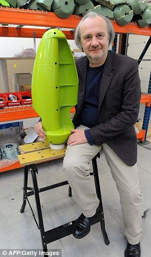 Scientists unveil prototype 'wind tree' that uses turbines to create power | Daily Mail Online