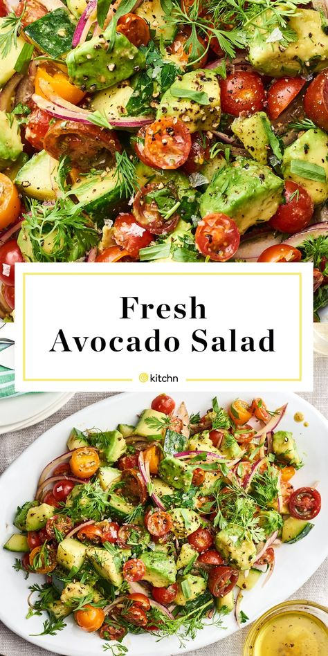vegan recipes This avocado and vegetable salad is going to be the absolute star of your summer lunches and dinners. It features simple ingredients: tomato, avocado, onion, lemon, herbs and oil for a fresh and delicious side dish that you wont forget. Lunches And Dinners, Vegetarian Recipes, Cooking Recipes, Healthy Recipes, Health Food Recipes, Summer Salads, Summer Lunches, Summer Dishes, Avocado Salad Recipes