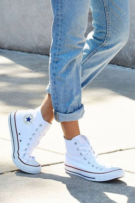 Converse  Sneaker, Unisex Sizing :  US SIZE 3.5; 4; 4.5;  5; 5.5;6; 6.5; 7; 7.5; 8; 8.5; 9; 9.5;  10; 10.5; 11; 11.5;  12 ;12.5; 13; 13.5; 14 High Top Converse Outfits, Converse Chucks, White High Top Converse, High Top Sneakers, Moda Sneakers, White High Tops, Sneakers Mode, Sneakers Fashion, Converse Style