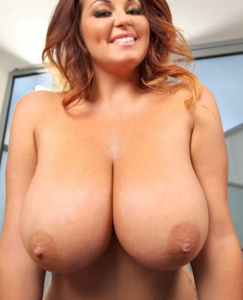 Love Huge Tits