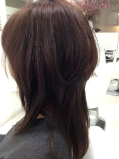 沖縄 那覇市 美容室 カンパーニュ nyマンハッタン発信のドライカットを中心に技術力の高い沖縄那覇市の美容室カンパーニュ くせ毛を活かすカットで人気のヘアサロンは2カ月先