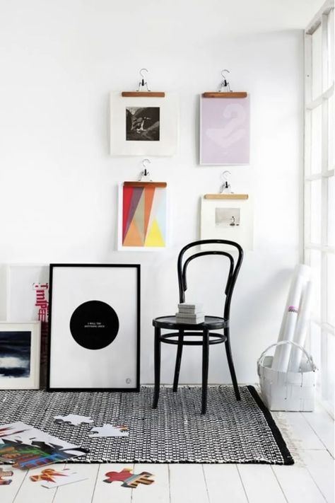 38 creative DIY wall art ideas to decorate your space. Create a statement wall with graphic prints and fun and easy DIY art.