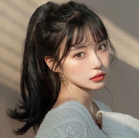 i would like to be a hair styles Korean Beauty Girls, Pretty Korean Girls, Cute Korean Girl, Asian Beauty, Hairstyles With Bangs, Girl Hairstyles, Korean Hairstyles Women, Japanese Hairstyles, Fringe Hairstyles