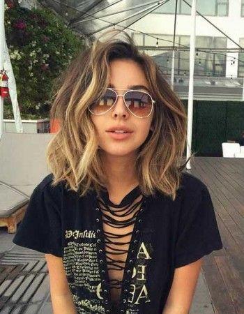 6 Looks All Girls With Medium Length Hair Should Try Hair Styles Medium Hair Styles Thick Hair Styles