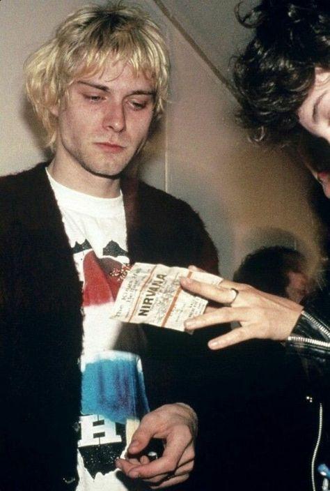 Kurt Cobain Frases, Nirvana Kurt Cobain, Dave Matthews, Kurk Cobain, Rock And Roll, Kurt Cobain Photos, Nirvana Lyrics, Foo Fighters Dave Grohl, Grunge