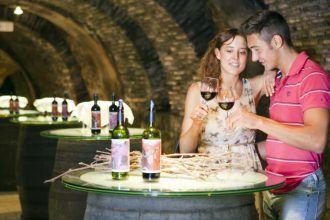 Rutas De Senderismo De Lo Más Impresionantes De España En 2020 Rutas De Senderismo Imagenes De Turismo Turismo Del Vino