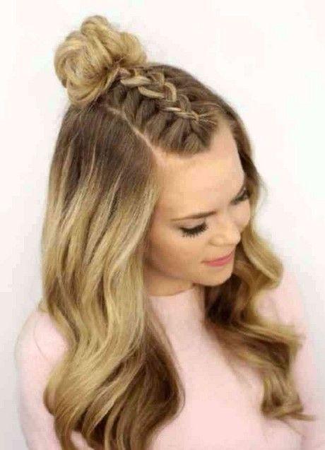 Easy Prom Frisuren Mittellanges Haar Frisuren 2019 Coiffure De Bal Cheveux Mi Long Coiffure Facile