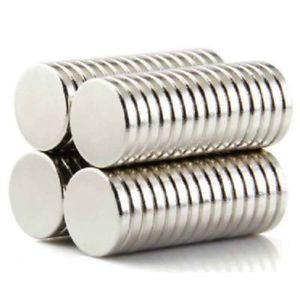 A Super Strong Round Disc Magnets 100pcs Rare Earth Neodymium Cylinder Magnet Set