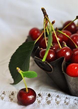 Cherry Basket Basket Cherry Drink Food Fruits Mealplan Mealplanning Meat Planning Fruit Fresh Fruit Recipes Fresh Fruit
