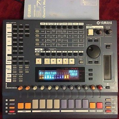 YAMAHA SU700 sampler synth drum machine fx vintage sequencer