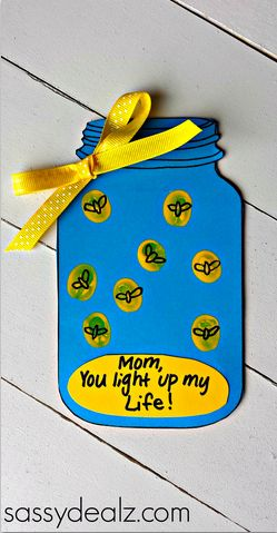 "Fingerprint Firefly ""You Light up my Life"" Mother's Day Card (w/ Free Mason Jar Printable) Kids craft idea!"